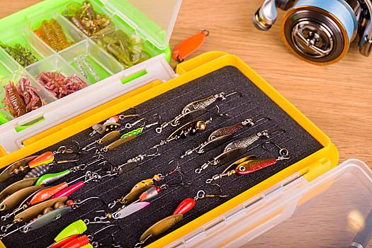 路亚铁板钓什么鱼效果好 路亚铁板可以钓鲈鱼吗