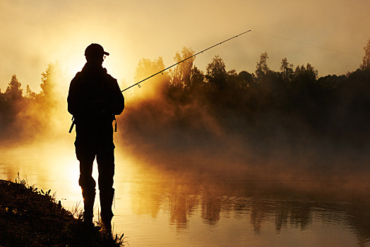 路亚和台钓的区别 钓鱼路亚和台钓区别
